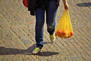 Las bolsas dejan de ser gratuitas a partir del 1 de julio